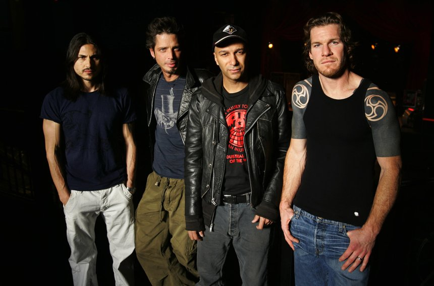 audioslave-2005-billboard-1548 (2)